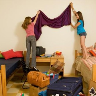 decorating your dorm on a budget 07242019155118